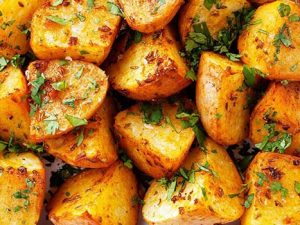 cubed potatoes with smoked garlic
